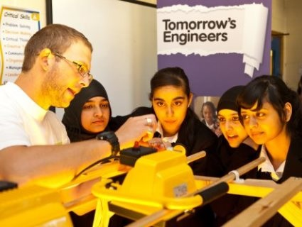 Everything about engineering, schoool activities, events and careers in one place.